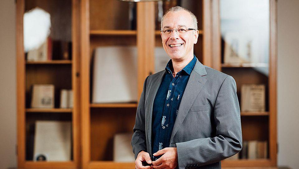 Prof. A. Heuser